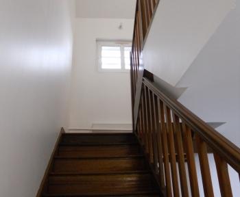 Location Appartement 4 pièces Fagnières (51510) - QUARTIER CALME proche commerces