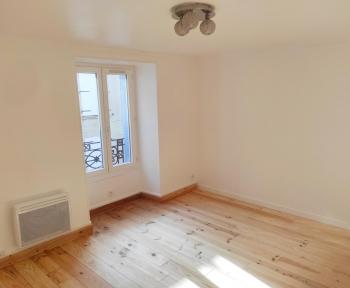 Location Appartement 2 pièces Étampes (91150) - Centre ville