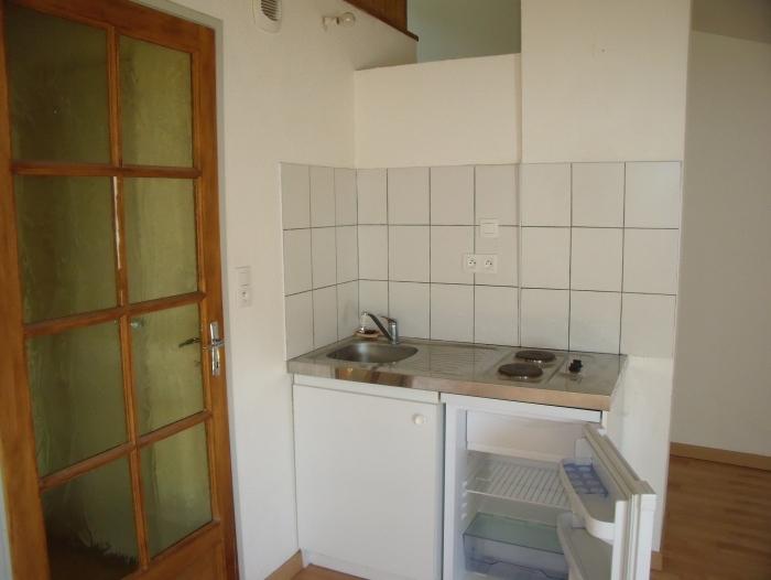 Location Appartement meublé 2 pièces Mirepoix (09500) - Place du marché