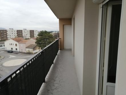 Location Appartement 4 pièces Cavaillon (84300)