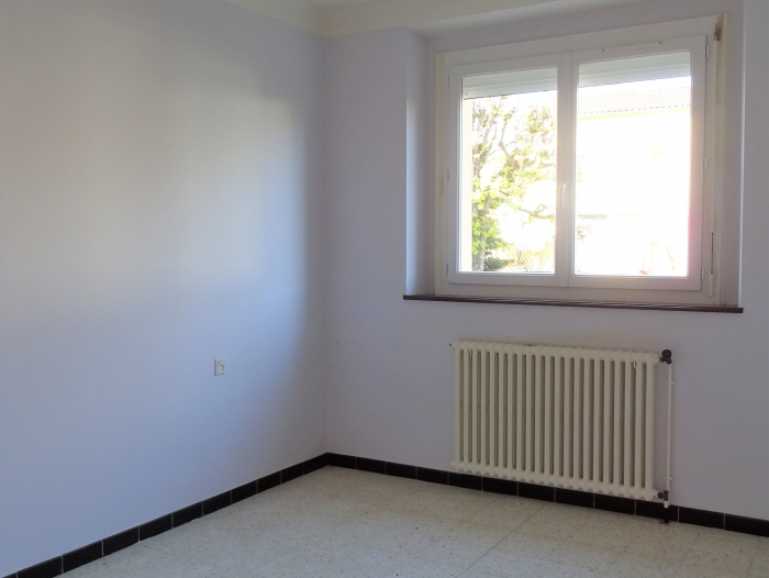 Location Appartement avec terrasse 3 pièces Laroque-d'Olmes (09600) - Proche centre ville